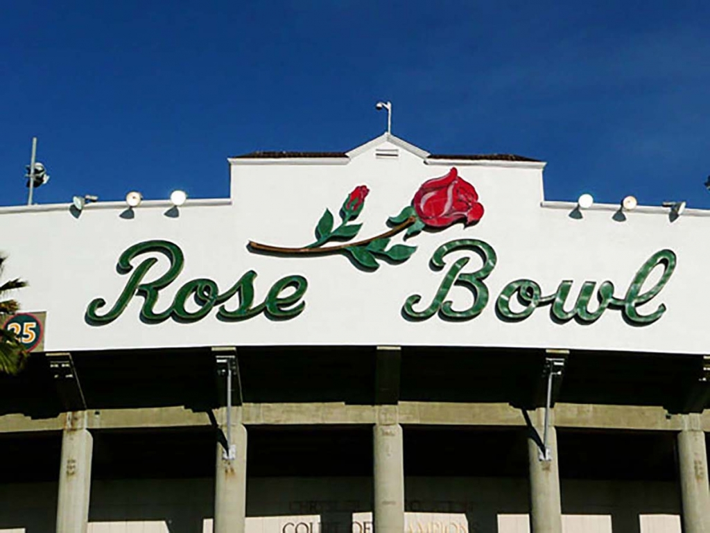Rose Bowl Flea Market antiques