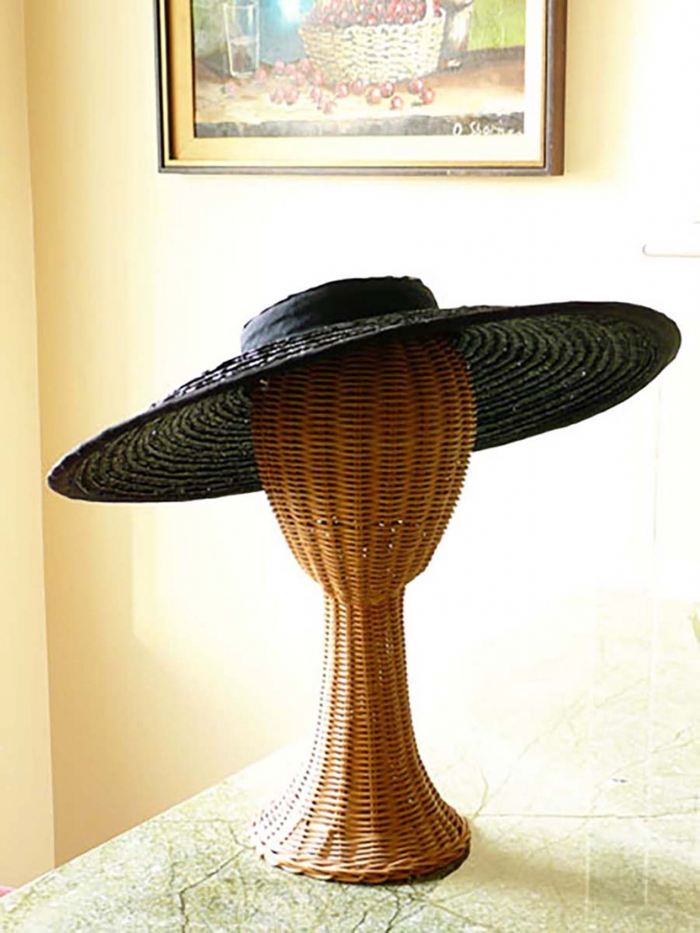 1950s black picture hat