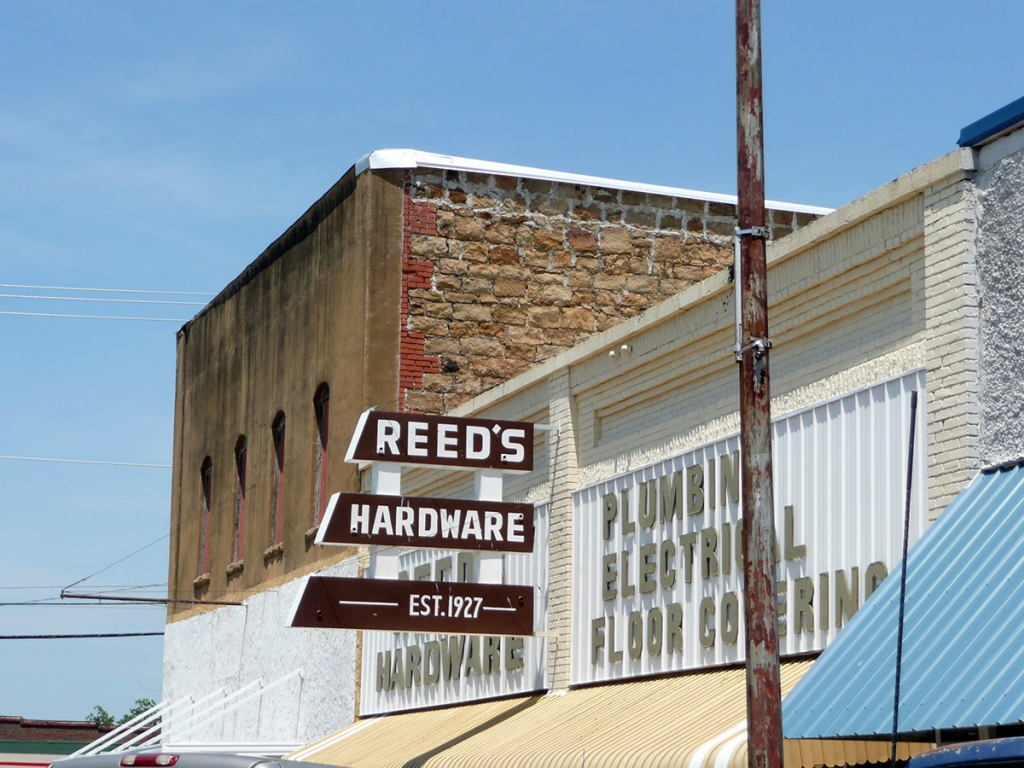 Oklahoma store front sign