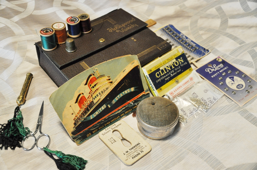 Queen Mary Art Deco Festival sewing kit packing list