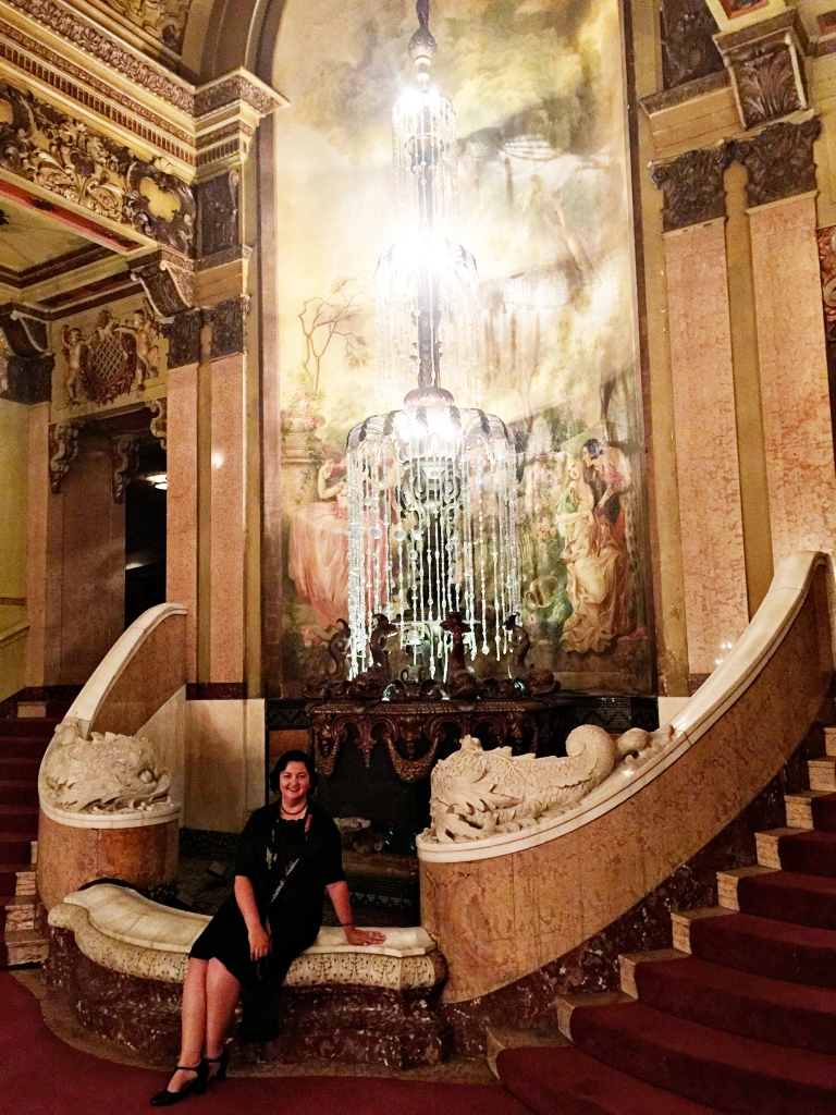 Lady by Choice Los Angeles Theatre Last Remaining Seats